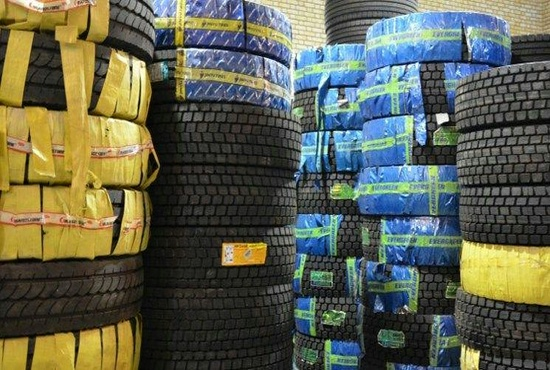 فیلم| قاچاق تایرهای مستعمل از پاکستان