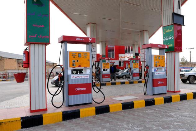 نظر مردم درباره علت شلوغی جایگاههای بنزین