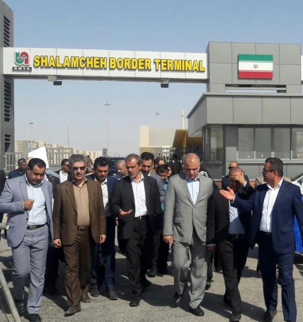بازدید جمعی از مسئولین از پایانههای مرزی خوزستان