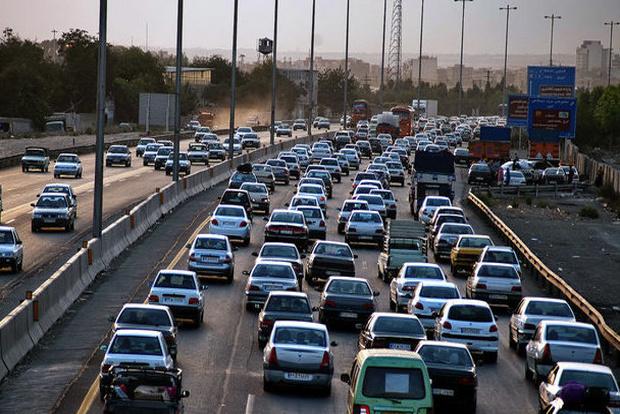 وجود ترافیک در باند جنوبی آزادراههای زنجان