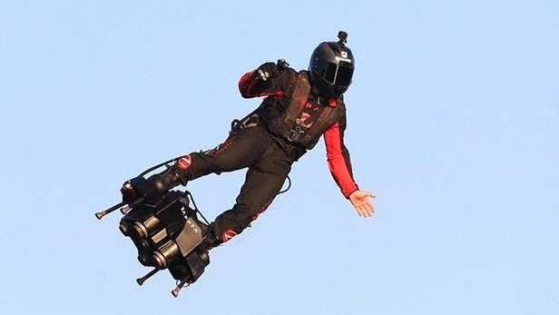 Franky Zapata successfully crosses the English Channel on his jet-powered Flyboard Air