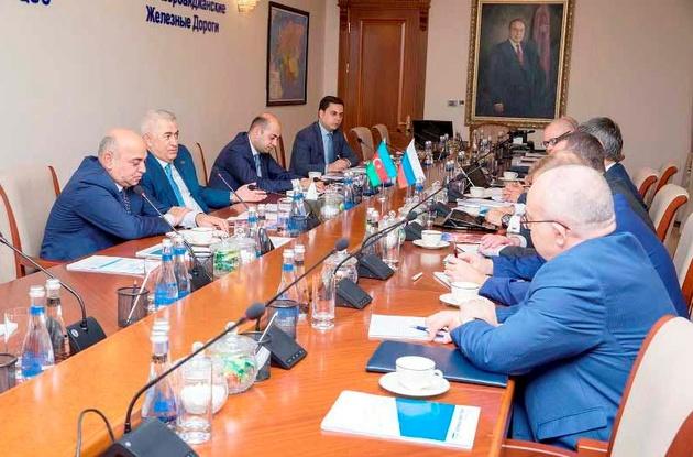 باکو و مسکو، تکمیل کریدور شمال جنوب را بررسی کردند