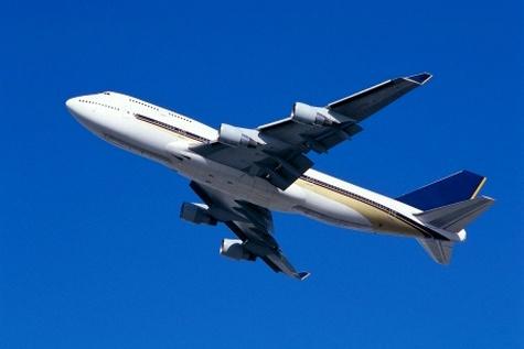 انتقاد رستمیان از آزادسازی نرخ بلیط هواپیما