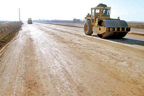 ۸۰۰ کیلومتر جاده در خوزستان در دست احداث است