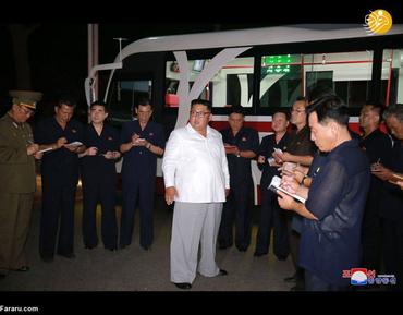 بازدید کیم جون اون از کارخانه تراموا و اتوبوس برقی