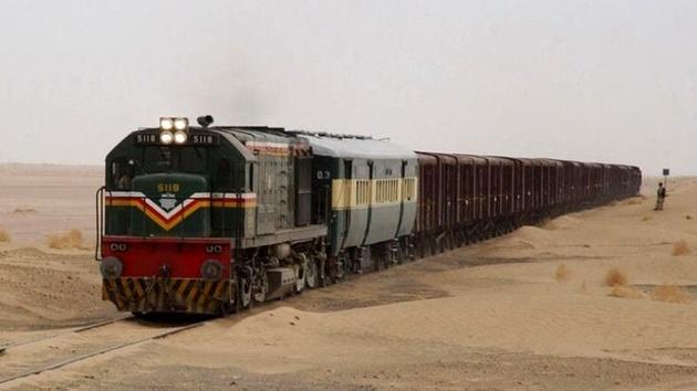 قطار باری ایران و پاکستان دچار حادثه شد