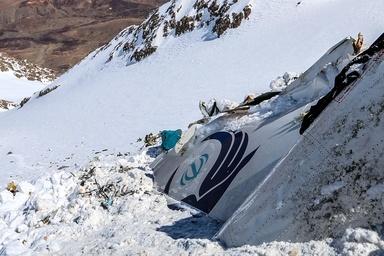 گزارش کمیسیون سقوط هواپیمای یاسوج باید به دست نمایندگان مجلس برسد
