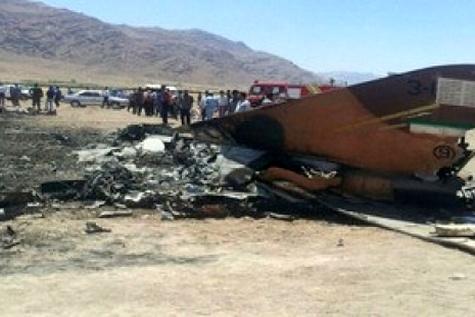 مرگ یک خلبان بر اثر سقوط جایروپلن پرنده در محور ایرانشهر