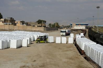 برای نخستین بار؛ جذب و حمل محصولات صادراتی پتروشیمی از راهآهن لرستان