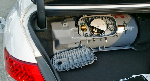ساماندهی و تأمین ایمنی تردد خودروهای دوگانه سوز