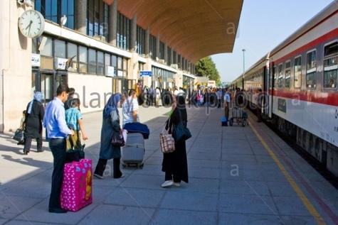 آغاز پیش فروش بلیت قطارهای مسافری نوروز در راه آهن شمالشرق(۱)