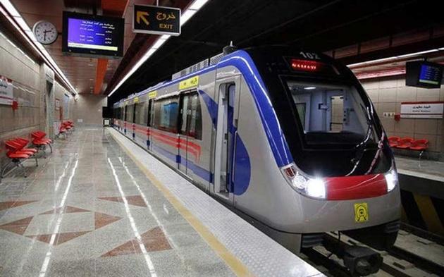اظهارنظر محمد فاضلی، جامعه شناس درباره سفر با مترو در تهران