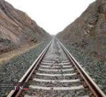 ۱۳ میلیون تن ظرفیت خالی بار در حمل و نقل ریلی خوزستان وجود دارد