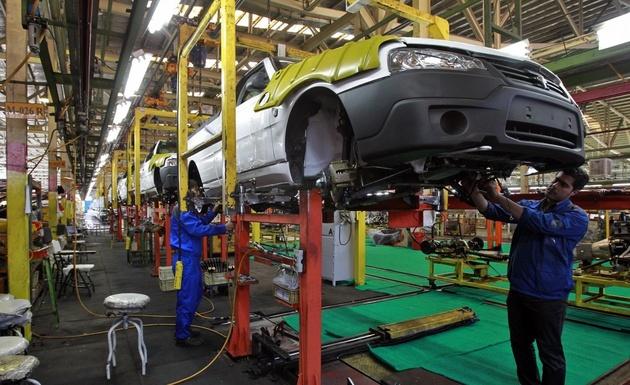 مسئولیت قطعات بیکیفیت خودروها با خودروسازان است