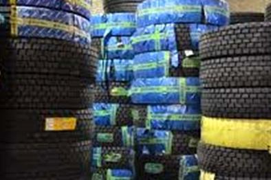 توزیع بیش از ۷ هزار حلقه لاستیک بین تاکسیداران قم