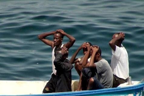 کشته شدن ۸ ایرانی از سوی دزدان دریایی