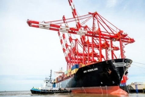Shipping Alliances Shore Up Industry, Unsettle Customers