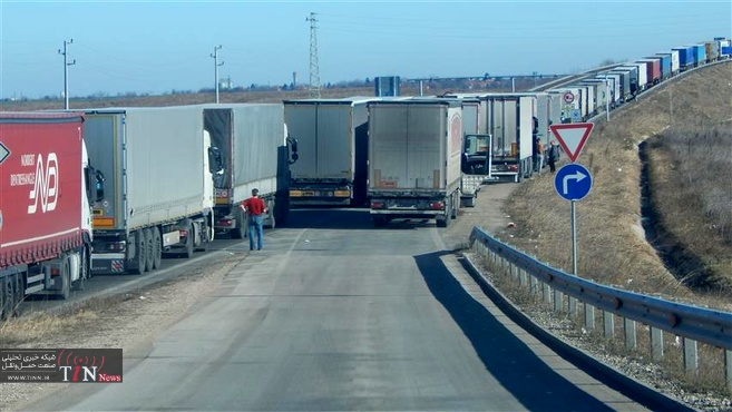 ادامه توقف کامیونهای ایرانی در مرز بلغارستان+ بیانیه سفارت