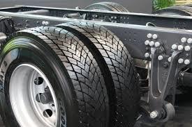 توزیع لاستیک کامیون در کشور متوقف نشده است /  خلاء و محدودیتی برای توزیع لاستیک سهمیهای وجود ندارد