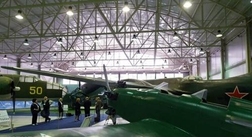 نمایشگاه هواپیماهای جنگی دوران شوروی.jpg2