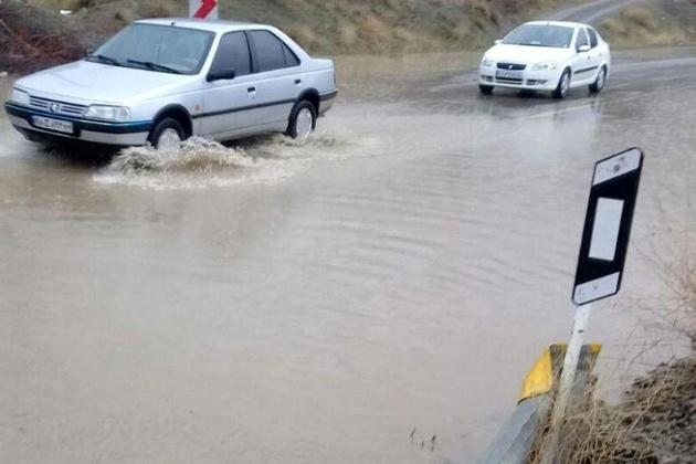 محور حجت آباد به چادگان در غرب اصفهان بازگشایی شد