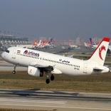 دردسرهای بینظمی هواپیمایی آتا برای فرودگاه امام (ره)