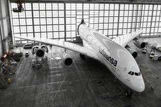 طراحی درب آشیانه برای A380
