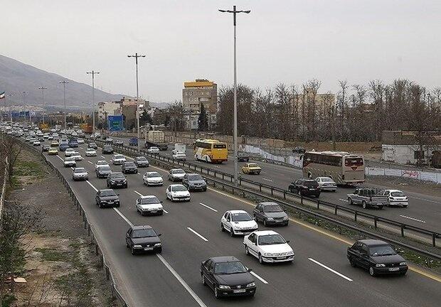 کاهش تردد خودرو در جادهها/ انسداد ۹ محور اصلی و فرعی