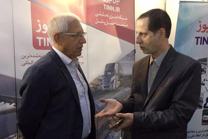 گزارش تصویری/بازدید مدیران حمل ونقل هوایی از غرفه تیننیوز در نمایشگاه ایروپرشیا