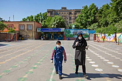 تصاویر| شروع به کار مدارس در مشهد