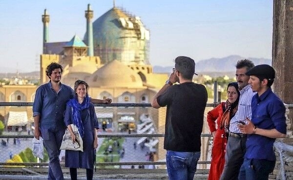 Number of tourists coming to Iran rise up by 50%