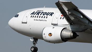 ایران ایرتور باز نشدن چرخ هواپیما را تکذیب کرد