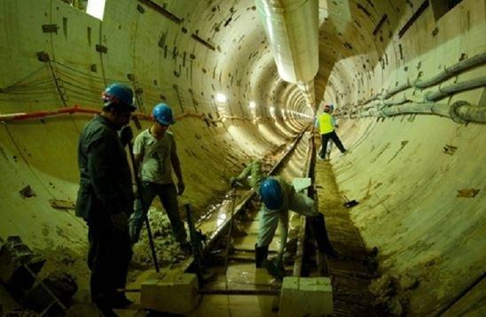 بدعهدی پیمانکار مترو اهواز در پرداخت حقوق کارگران