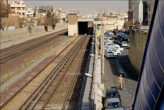 زندگی در حاشیه ریل راهآهن