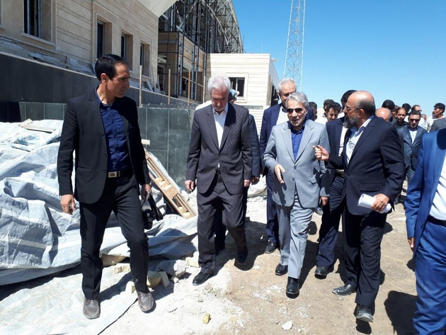 نارضایتی استاندار آذربایجانشرقی از سرعت اجرای خطآهن میانه - تبریز