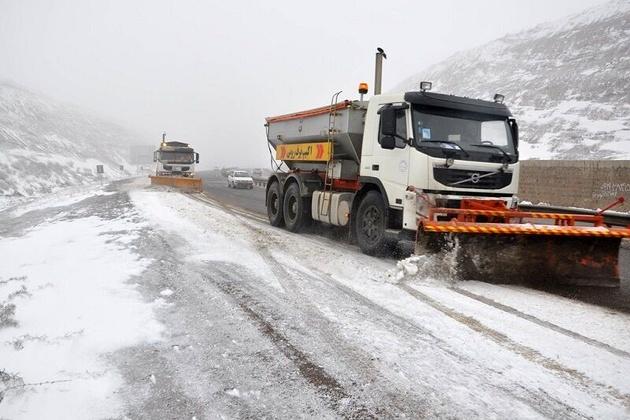 بارش برف در کردستان راه ۷۰ روستا را مسدود کرد