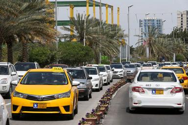 اعتصاب تاکسی زردها در جزیره کیش