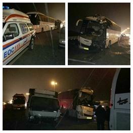یک کشته و ۱۴مصدوم در تصادف زنجیرهای اتوبوسها با تریلی و پراید در اتوبان کرج-قزوین