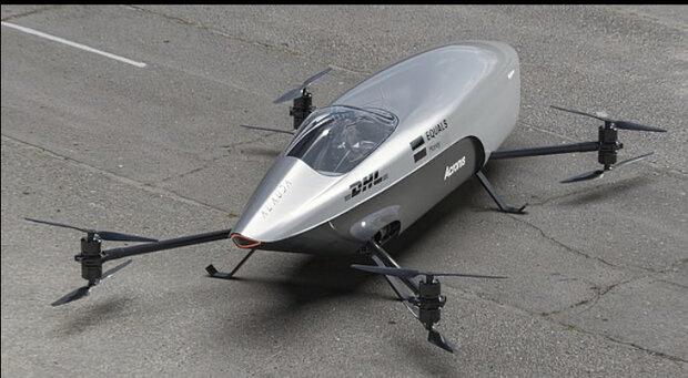 از نخستین خودروی پرنده مسابقهای جهان رونمایی شد