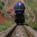 دولت به توسعه حمل و نقل ریلی کشور سرعت دهد
