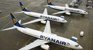 Ryanair Plans Hundreds of Pilot and Cabin Crew Job Cuts