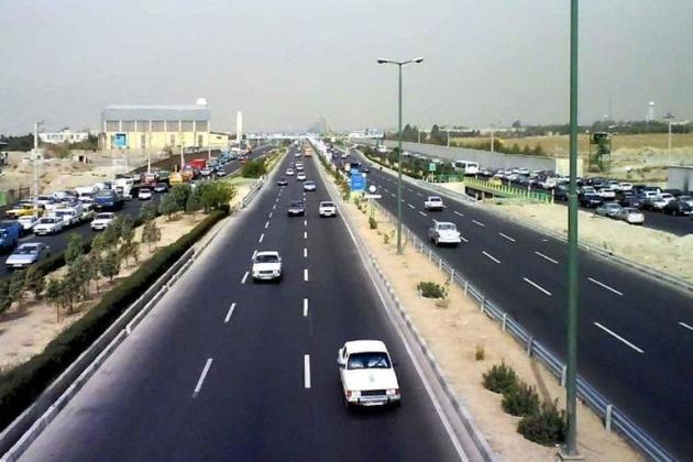 ترافیک در جادههای منتهی به استانهای شمالی روان است