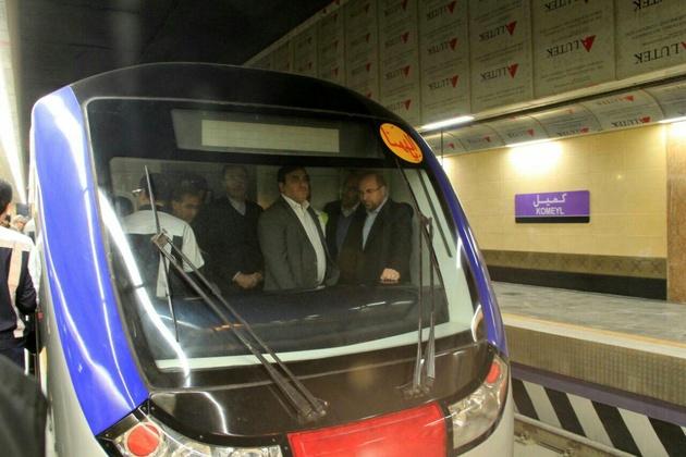 مدیریت شهری باید درباره تامین امنیت جانی مسافران در خط 7 تعهد دهد