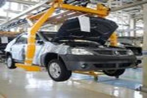 رانتها و قدرتهای مخفی اجازه تأمین نیاز خودروسازان از قطعات داخلی را نمیدهد