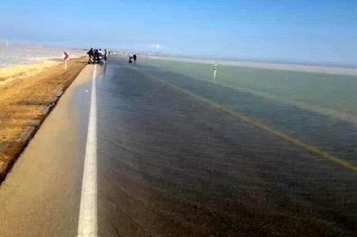 آزادراه ساحلی در خزر غرق شد/ توقف مترو در پشت کوههای شمال