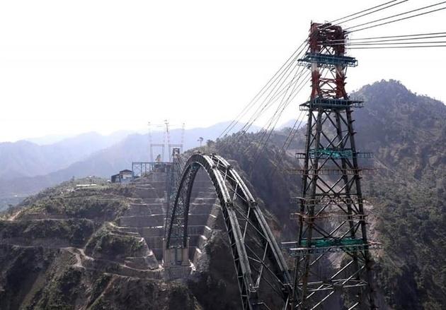 ساخت بلندترین پل ریلی جهان در هند تا پایان ۲۰۲۱