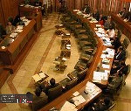 شورا تحت هیچ شرایطی موافق کاهش بودجه احداثمترو و اتوبوسرانی نیست