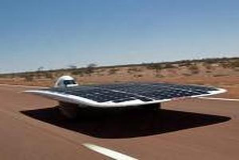 خودروی خورشیدی ایران، رکورد پیست مسابقات را شکست