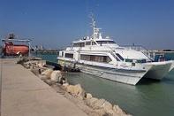 عدم پایبندی کشتیرانی به تعهدات خود در خارگ