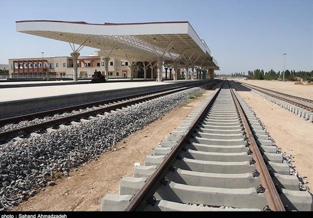 استان ایلام به راه آهن سراسری وصل می شود